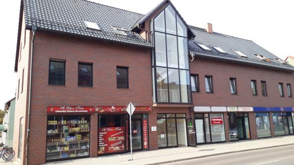Wohn- und Geschäftshaus mit 10 Einheiten