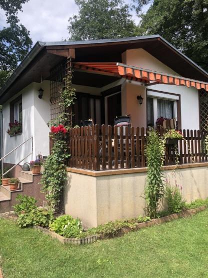 gepflegter Bungalow in Abtsdorf  (Wochenendgrundstück)